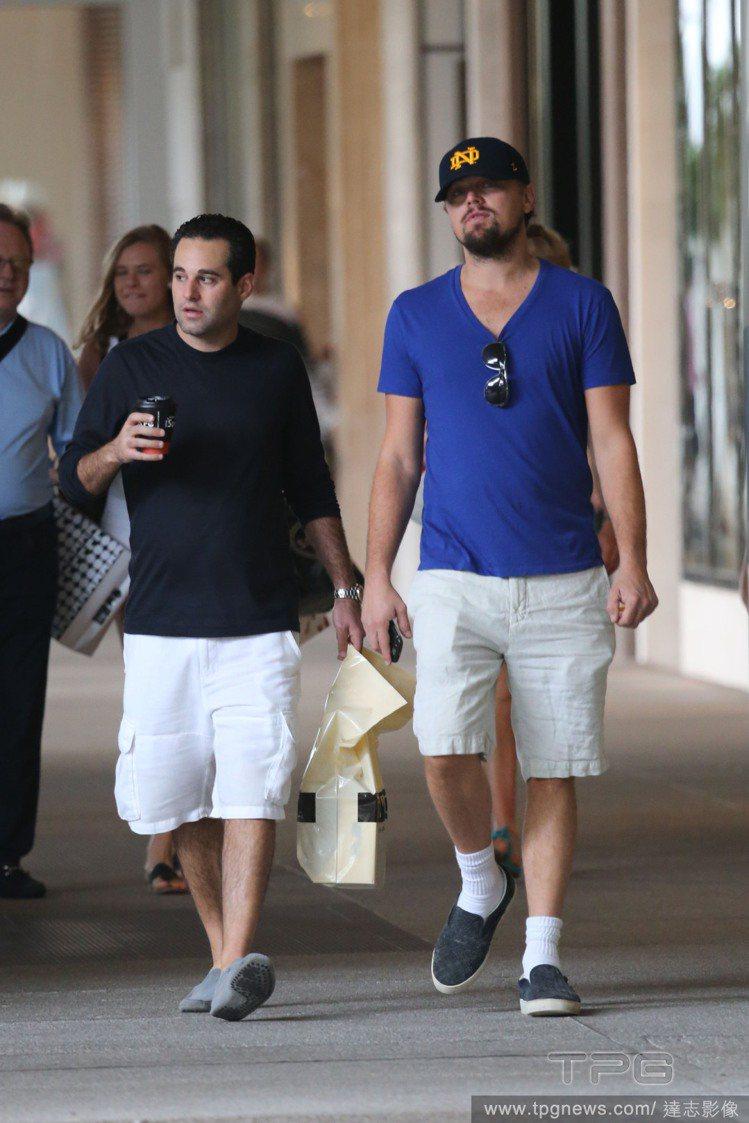 李奧納多平常喜歡穿得「很舒服、很隨性」,白短襪是他最愛的造型單品。圖/達志影像