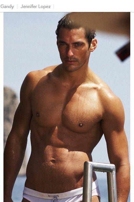 超級男模大衛甘迪(David Gandy)的熟男外型與健美身材,以及多方經營自己...