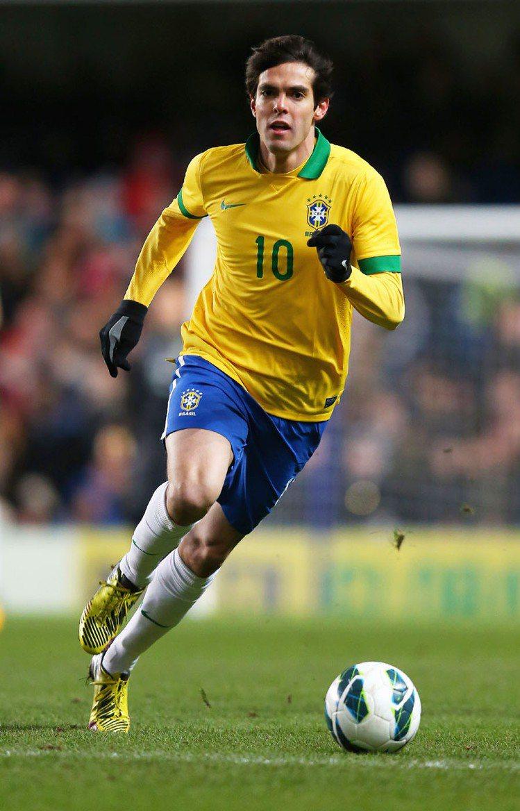 本屆世界盃卡卡沒有入選巴西國家隊,其實早在2010年世足後他就飽受舊傷所苦,20...
