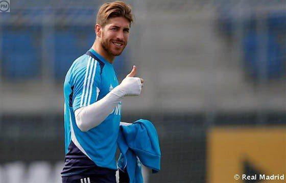 西班牙國家隊拉莫斯,很喜歡豎起大姆指比讚。圖/擷取自twicsy.com