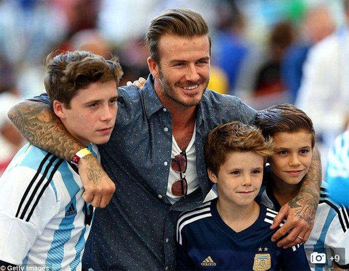 2014 巴西世界盃足球賽冠軍戰由日爾曼戰車德國隊對上南美勁旅阿根廷,這場全球矚...