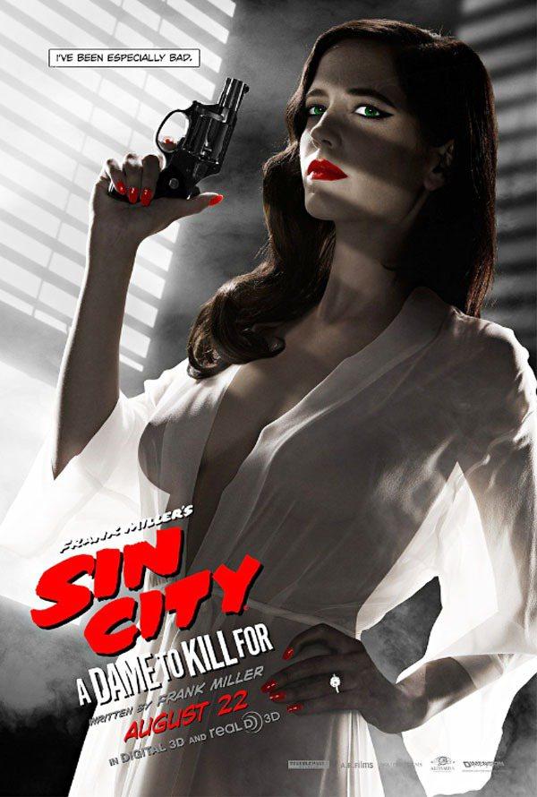 《萬惡城市2:紅顏奪命》電影海報上的伊娃葛林雙峰太過火辣,還因此被美國電影協會禁...