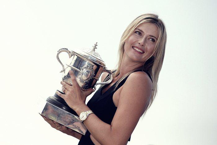 六月才拿到法國公開賽冠軍獎盃的莎拉波娃,芳齡27歲,這位俄羅斯冠軍便能保持在女子...