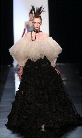 Jean Paul Gaultier表示,未來將專注設計高級訂製服。圖/達志影像
