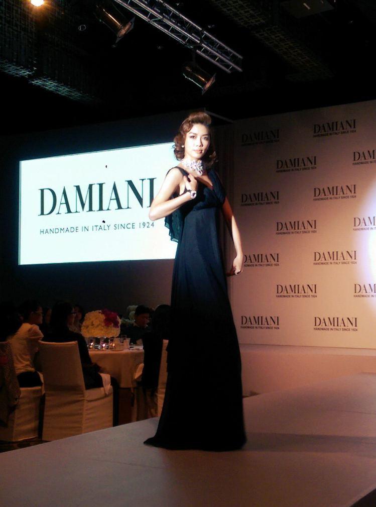 伊林名模以蘇菲亞羅蘭的各種經典造型展演 DAMIANI 頂級珠寶,舉手投足間重現...