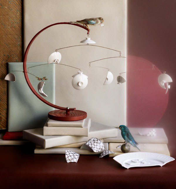 愛馬仕 petit h裝置藝術(鱷魚皮與餐瓷)。圖/愛馬仕提供
