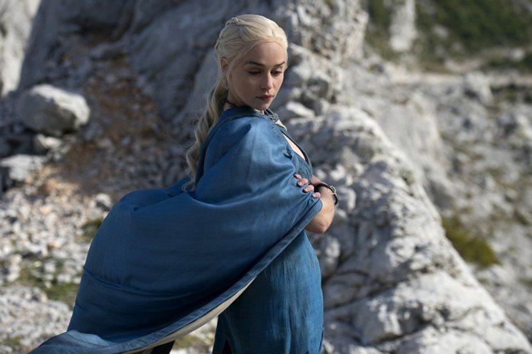 Emilia Clarke 在《冰與火之歌:權力遊戲 Game of Thron...
