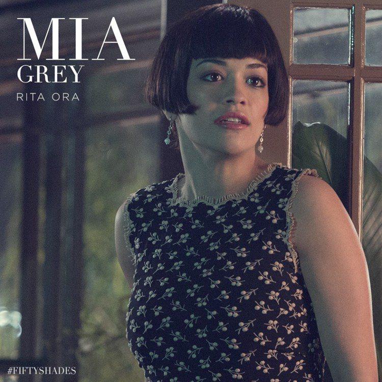 Rita Ora 在《格雷的五十道陰影》中扮演男主角格雷的妹妹 Mia 的造型曝...