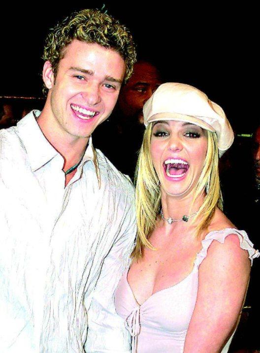 「超級男孩」時期的賈斯汀(Justin Timberlake)留有一頭金色捲捲頭...