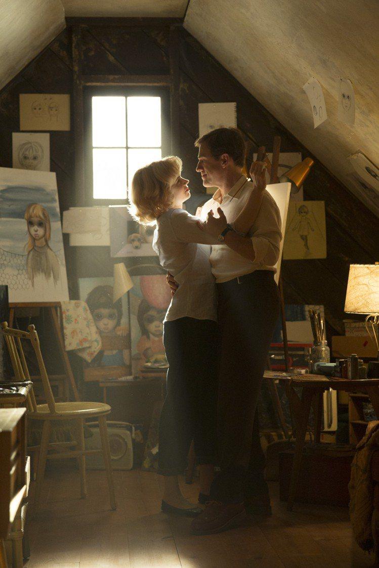《大眼睛》改編自真實故事,描述1950年代知名畫家瑪格麗特基恩 的成名過程與辛酸...