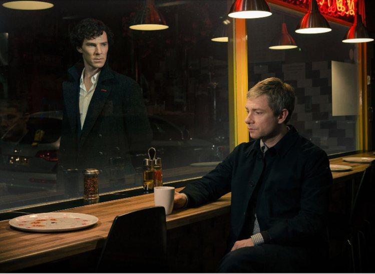 「新世紀福爾摩斯」(Sherlock)的福爾摩斯與華生並非同志,但兩人的化學效應...