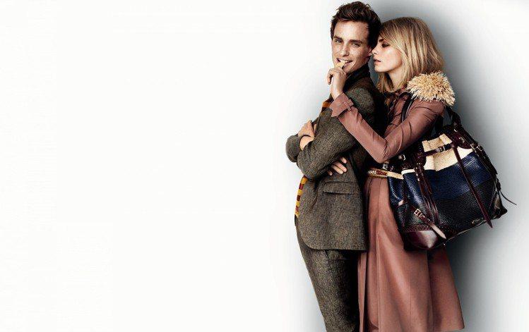 2012年,艾迪瑞德曼二度入鏡 BURBERRY 廣告,與搞怪超模 Cara D...