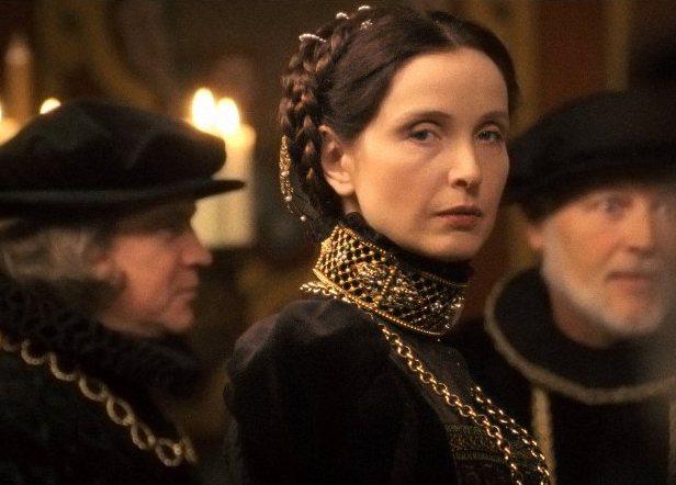 茱莉蝶兒將歷史上著名的「嗜血女伯爵」巴托里伯爵夫人的故事改編詮釋。圖/擷自imd...