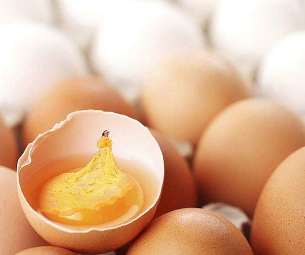 蕾哈娜的黃袍又被網惡搞。圖/擷自besttimepass.com