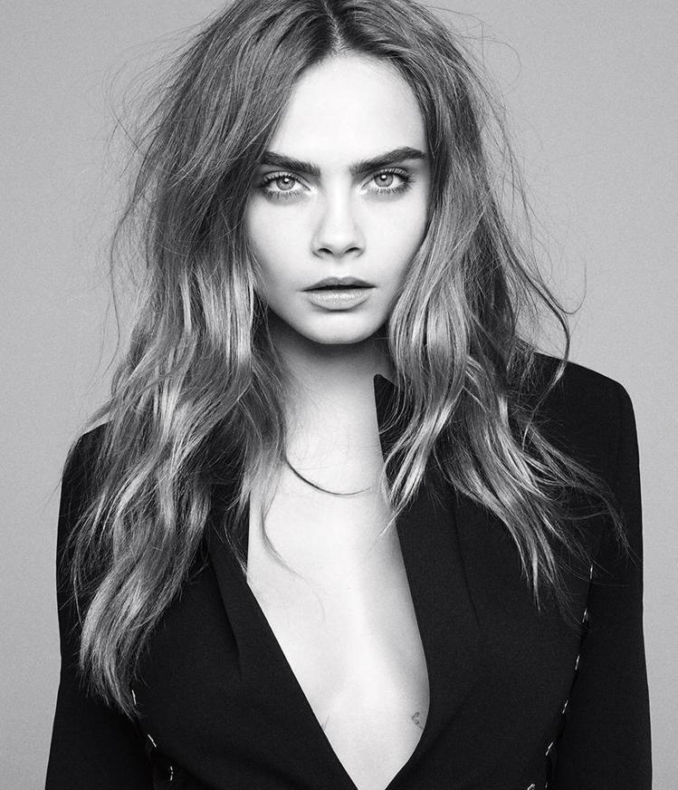 有別於許多模特兒注重保持美麗形象,卡拉迪樂芬妮向來在鏡頭面前大方做自己,她說:「...