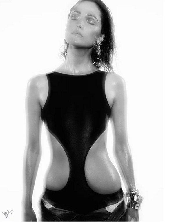 在近來熱賣的喜劇電影《麻辣賤諜》中飾演兩光富家千金的女星蘿絲拜恩,隨著電影的熱映...
