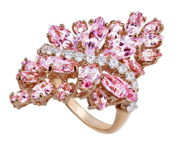 ARTE 玫瑰金繁花晶鑽戒指,12,400元。。圖/迪生提供