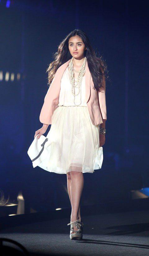 日本超人氣模特兒長谷川潤為最強美少女盛典走秀。記者陳立凱/攝影