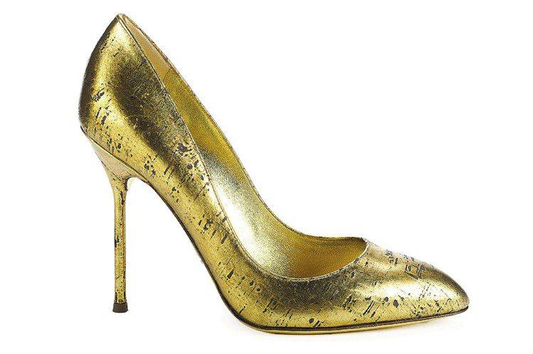 Sergio Rossi金色仿軟木壓紋高跟鞋,售價23,000元。圖/Sergi...