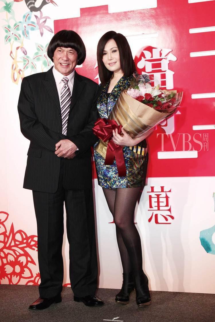 圈內許多人會打趣地說:「台語掛裡,江蕙恐怕還沒謝金燕賺得多!」 圖/TVBS周刊...