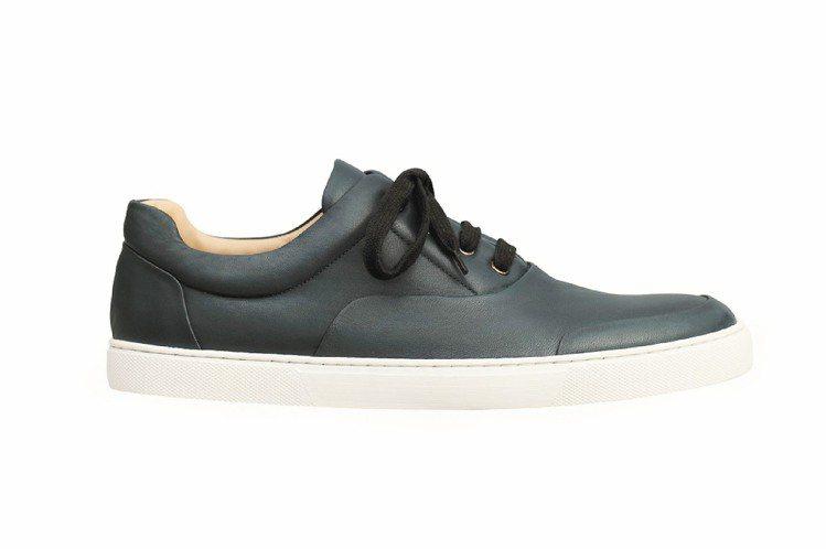 牛皮球鞋,29,300元。圖/HERMES提供