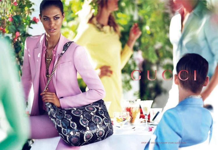 全球第一超模Joan Smalls本季出現在GUCCI的早春廣告中。圖/GUCC...