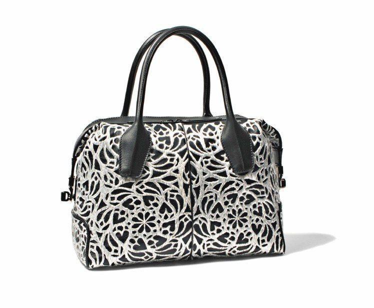 TOD'S手工刺繡D Bag,106,000元。圖/迪生提供