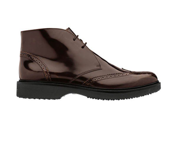 HOGAN酒紅色復古短靴,價格未定。圖/迪生提供