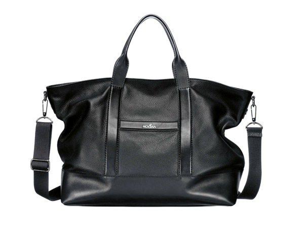 HOGAN黑色牛皮肩背手提兩用包,37,600元。圖/迪生提供