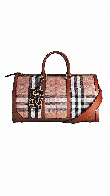 BURBERRY的經典格紋手提包,價格未定。圖/BURBERRY提供