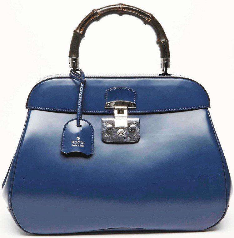 海藍色牛皮竹節手提包,97,000元。圖/GUCCI提供