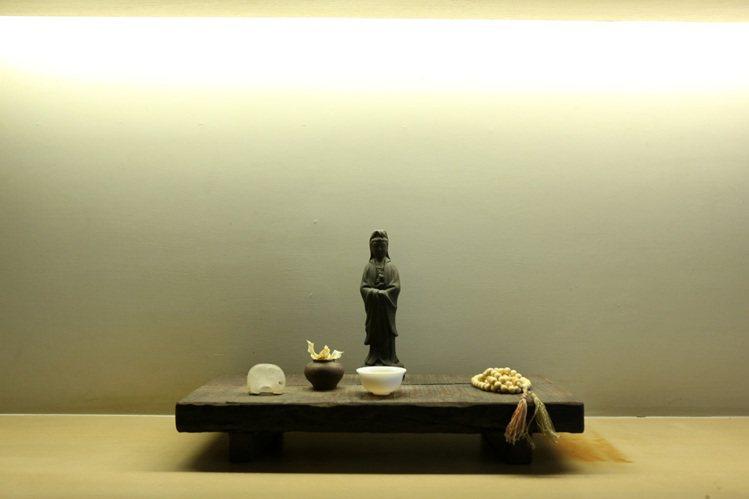 陳季敏家中的菩薩,看來清雅自在。記者陳立凱/攝影