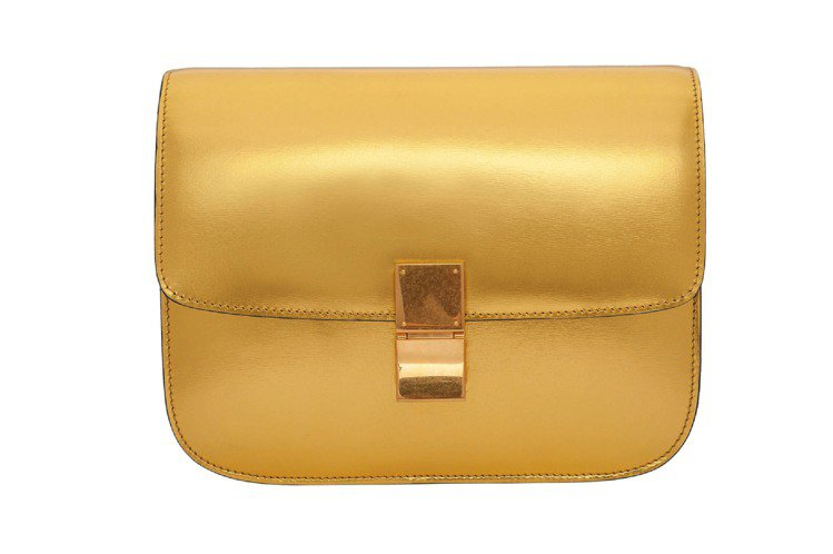 CELINE Classic亮金色側背包,14萬元。圖/RIMOWA提供
