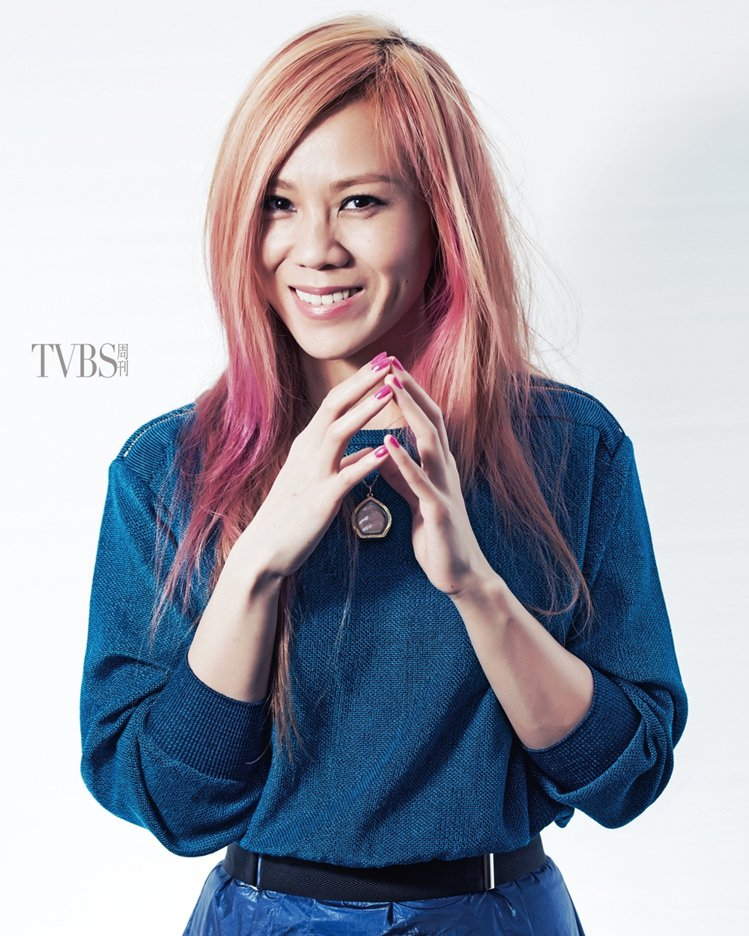 「我覺得我其實是有人格分裂的。」蔡健雅劈頭就這麼形容自己。圖/TVBS周刊