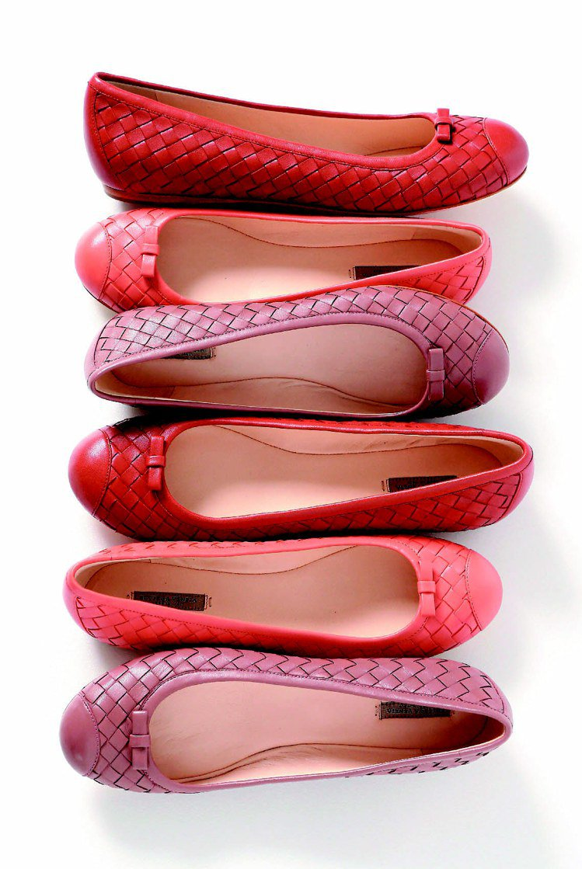 BV平底便鞋,22,300元。圖/Bottega Veneta提供