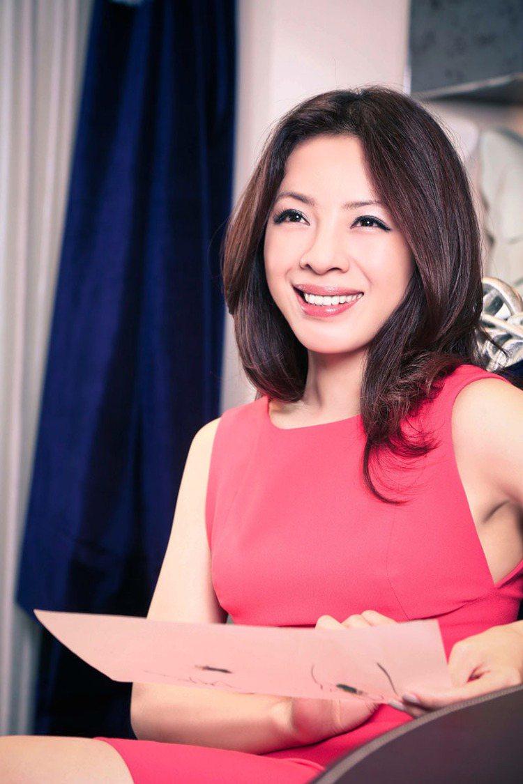 繼米蘭個展,今年首次舉辦亞洲珠寶展,一口氣展出總價值逾七億珠寶的ANN LIN(...