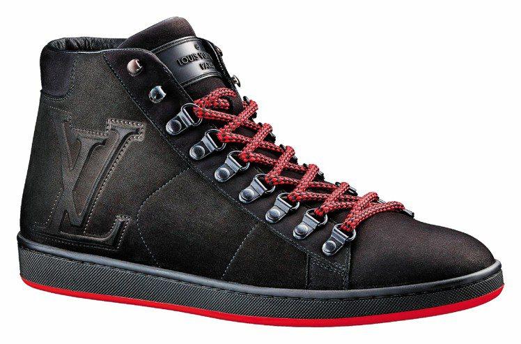 LV麂皮球鞋,25,600元。圖/LV提供