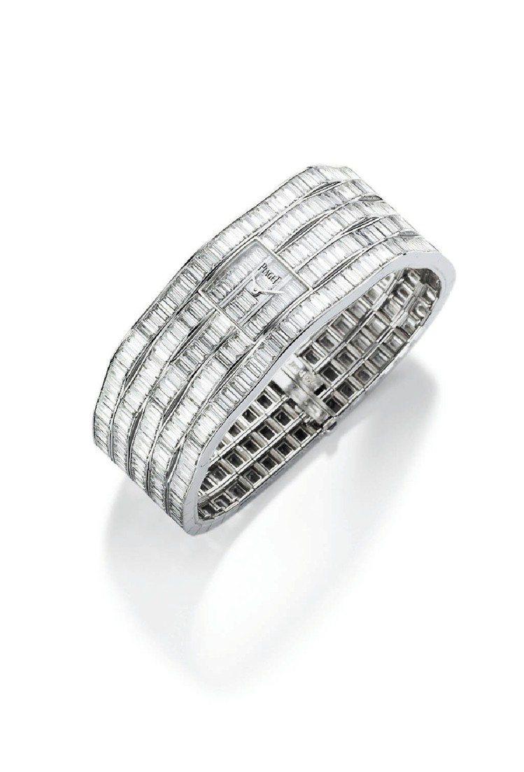 Couture Precieuse系列18K白金腕表,鑲嵌474顆長方形約46克...