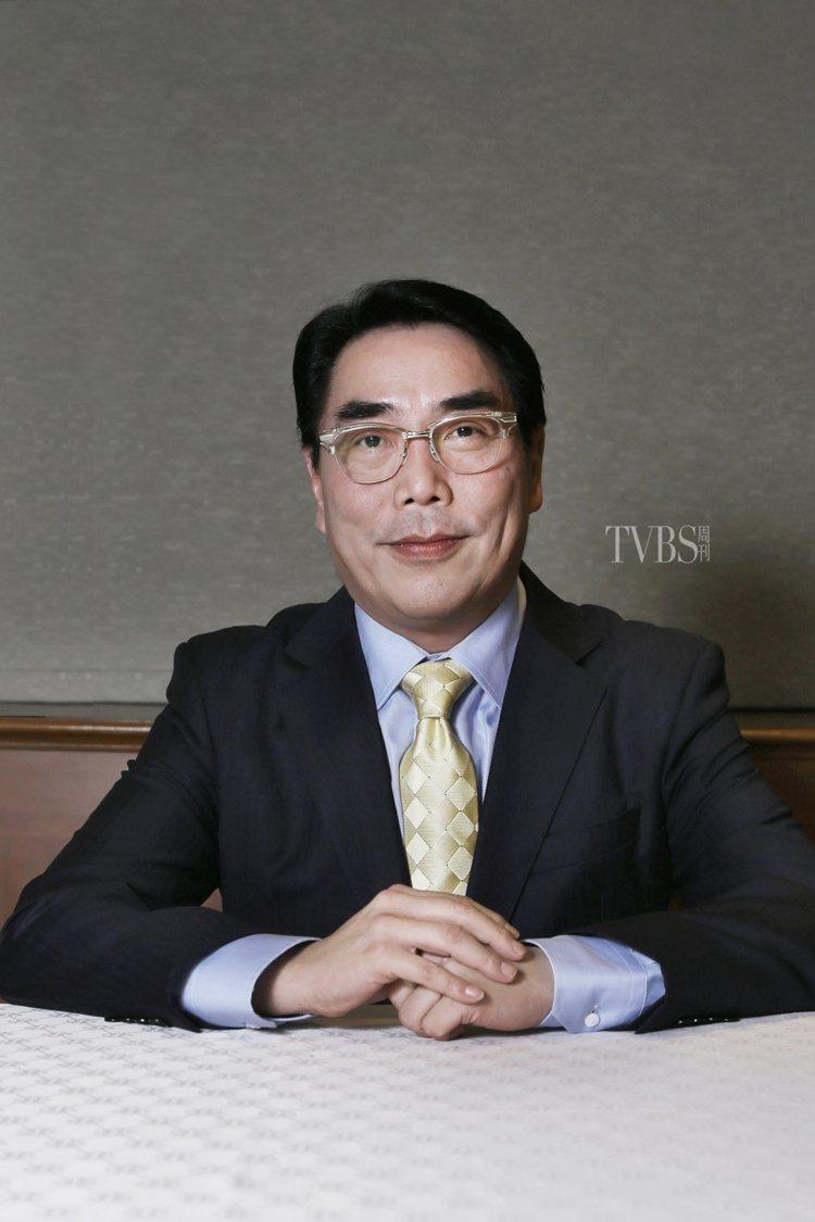 發行人楊盛昱(TVBS執行副總經理,曾任香港東風衛視、陽光衛視總經理、美國電視台...