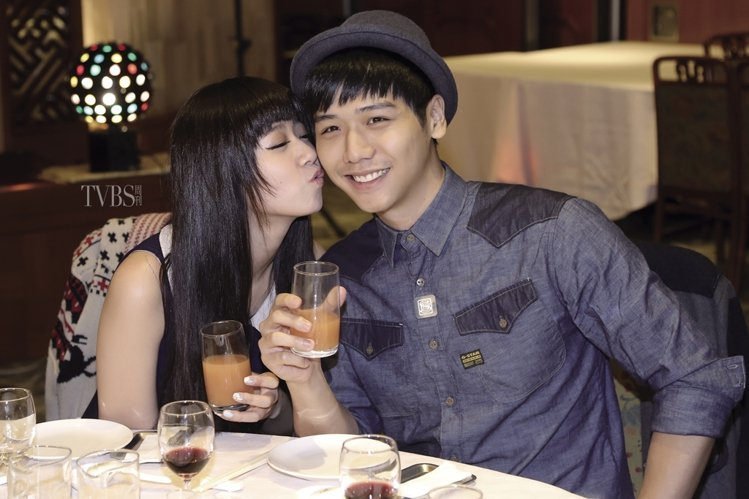 方志友與蔡旻佑在戲中是歡喜冤家。圖/TVBS周刊