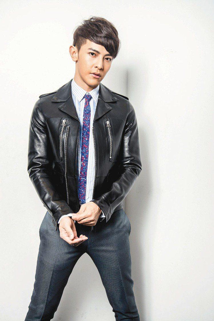 LANVIN的法式優雅,讓汪東城流露貴公子的時尚氣質。記者黃士航/攝影
