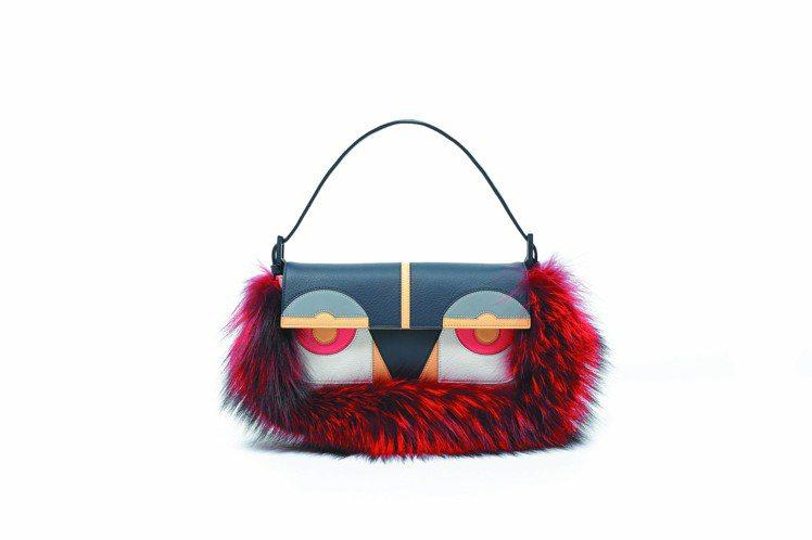 紅色牛皮,魔魔狐狸毛Baguette包,88,000元。圖/FENDI提供