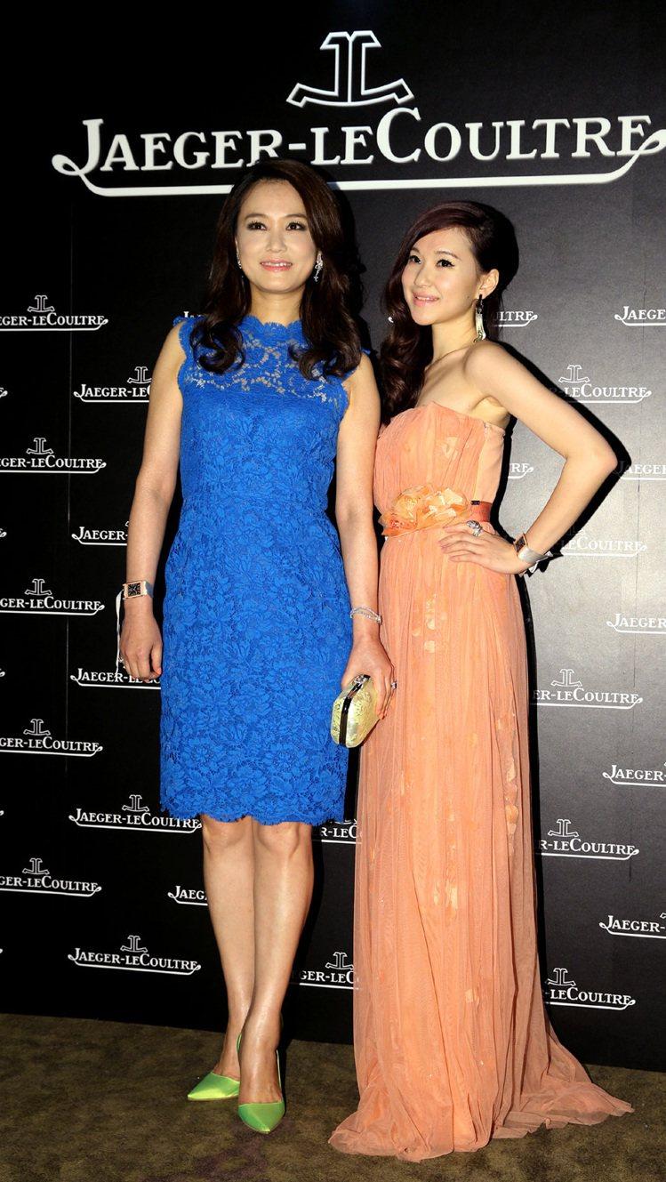 顏寧(左)與孫婕柔盛裝出席積家表晚宴。記者林澔一/攝影