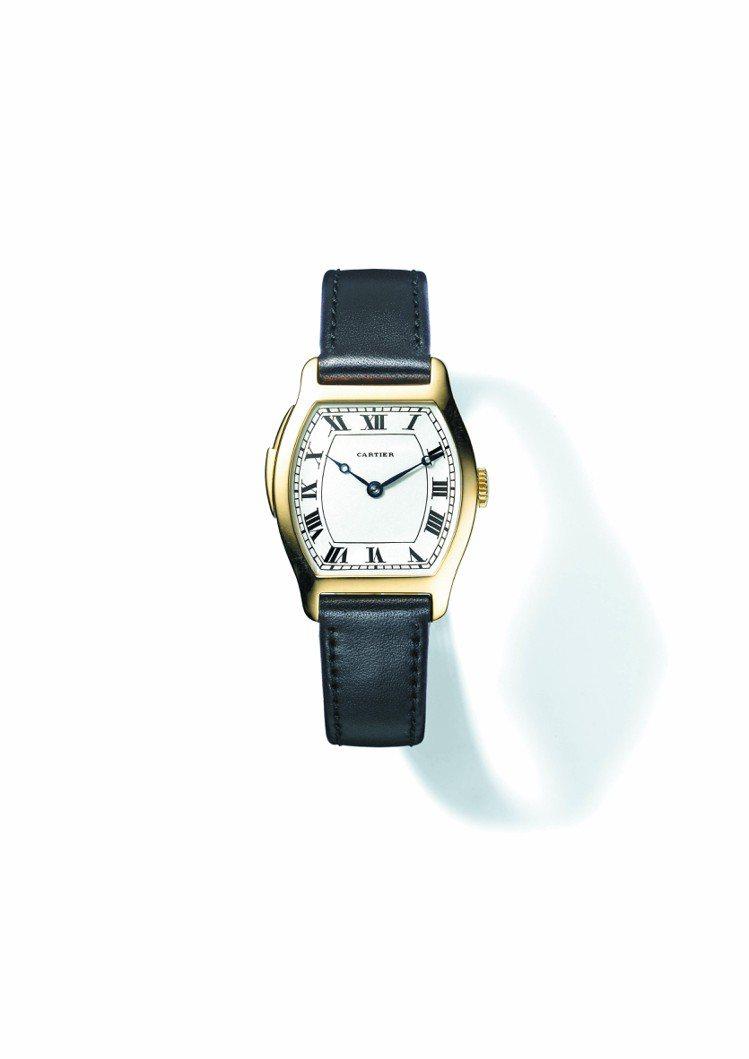 Tortue三問腕表,1928年製,三問報時機芯,日內瓦印記。圖/卡地亞提供