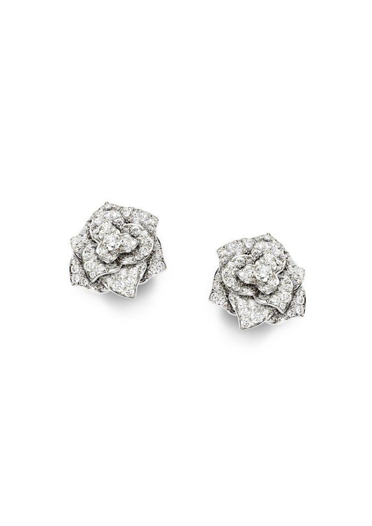 Piaget Rose 雕刻玫瑰耳環,18K白金鑲嵌178顆圓形美鑽(約重2.8...