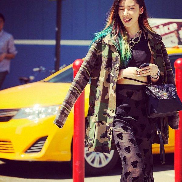 來自韓國的 Irene Kim!這次在紐約時裝周不但殺遍了所有攝影師的底片,也打...