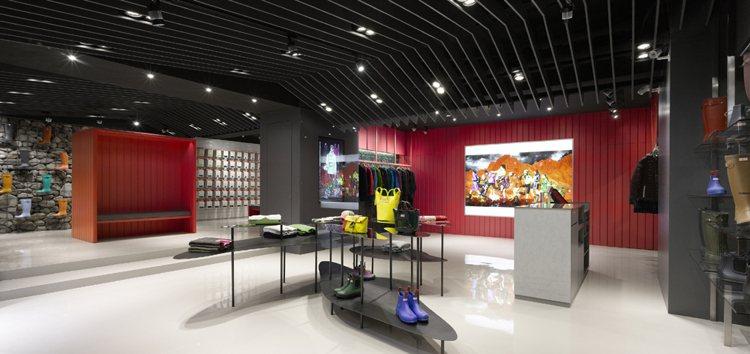 HUNTER 亞洲首間概念店日前在台灣隆重開幕,裝飾展現濃濃英式田野風情。圖/H...