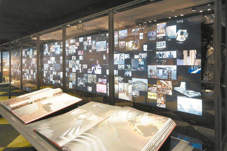 Pradasphere於香港展出按主題區分位置,除了品牌歷代珍品,還有大事年表、...
