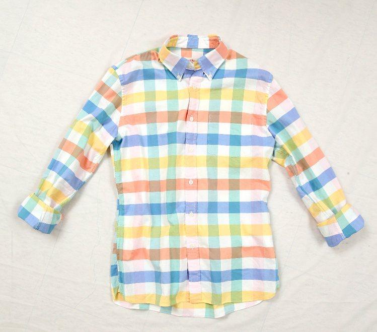 Brooks Brothers彩色粗格紋襯衫、3,980元。圖/Brooks B...