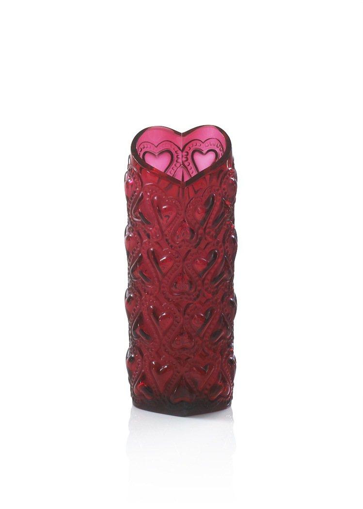 Amour水晶花瓶。圖/LALIQUE提供